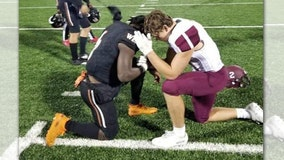 High school football player prays for opponent's mom with cancer
