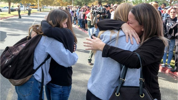 Saugus High School shooting: Student recounts texting dad 'I love you' as shots rang out