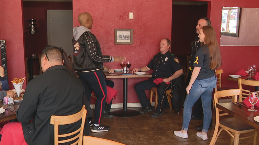 Community comes together to raise money for Garland officers battling cancer