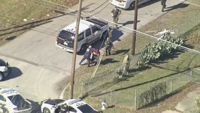Man tackled to ground, arrested after high-speed chase through Dallas County