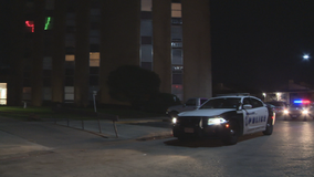 Man fatally stabbed in Dallas high-rise apartment building