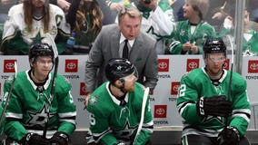 Stars coach Rick Bowness leaves bench mid-game Sunday due to COVID-19 protocols