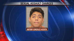 Teen arrested for allegedly groping Grapevine woman
