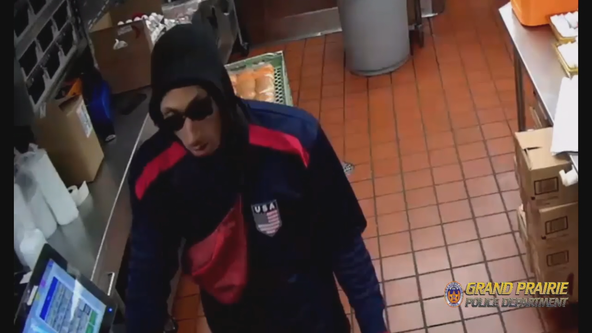Police looking for robbery suspect who pistol-whipped store clerk