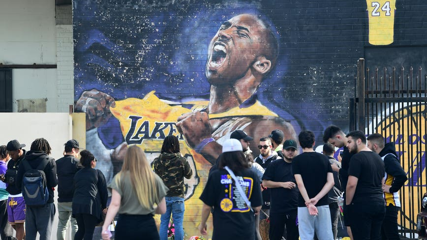 Lakers-Clippers game postponed in light of Kobe Bryant's death, NBA says