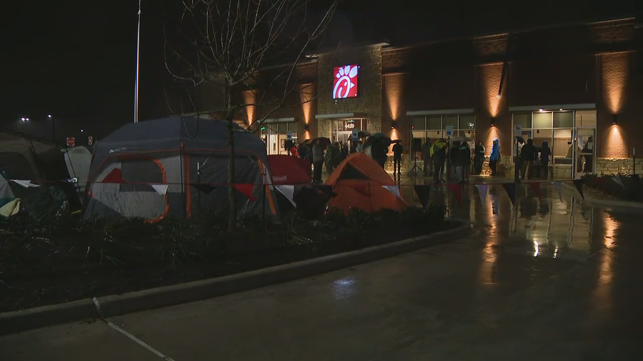 Campers brave the cold and rain to win free food at new North Texas Chick-fil-A