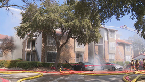 Good Samaritan warns others as 3-alarm fire damages Irving apartments