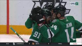 Seguin scores winning goal in 2nd, Stars beat Blackhawks 2-1