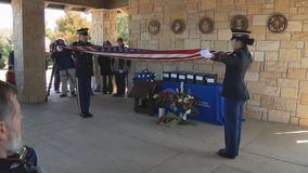 Hundreds gather to honor 'unaccompanied veterans' laid to rest at DFW National Cemetery