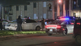 Police: Man fatally shot by security guard at Dallas apartments