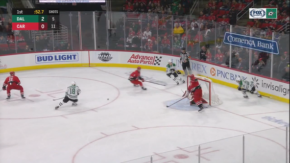 Stars scored 3 goals in 1st period, beat Hurricanes 4-1