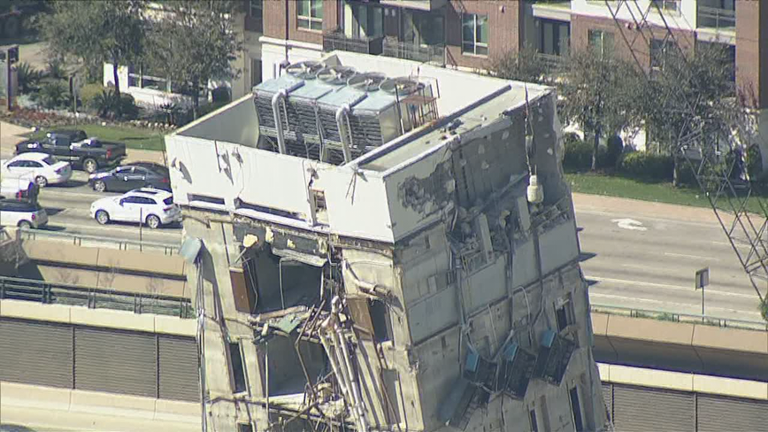 Crews use wrecking ball to demolish 'Leaning Tower of Dallas'
