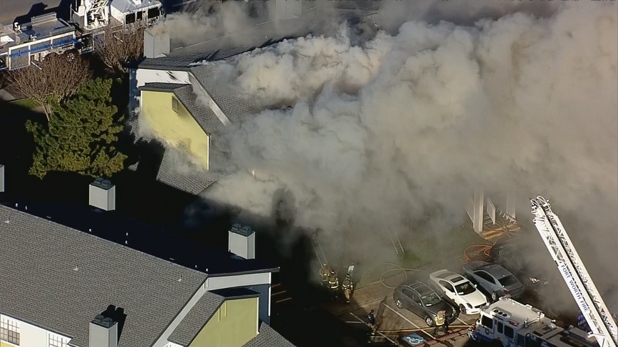 Crews battle three-alarm apartment complex fire in Fort Worth