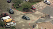 Police slowly chase woman with small child in SUV to Rockwall day care