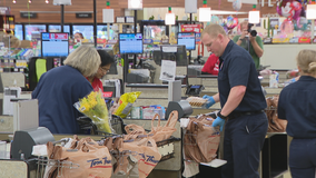 Fort Worth fire recruits help high-risk shoppers at area grocery stores