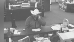 Police trying to find bank robber who shot a North Richland Hills officer 17 years ago