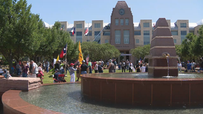 Open Texas rally held in Frisco, as Dallas salon again opens for business despite COVID-19 order