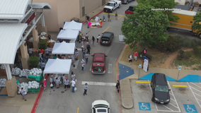 Agape Connect hosts event outside Irving Mall to donate food to those in need during COVID-19 pandemic