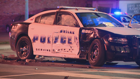Dallas officer involved in early morning crash