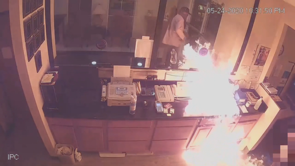 Investigators: Man tried to set hotel clerk on fire during robbery attempt
