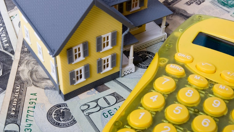 Credible-down-payment-iStock-121276730.jpg
