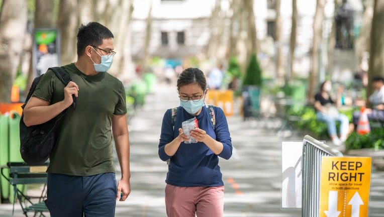 57c744d1-Daily Life In New York City Amid Coronavirus Outbreak