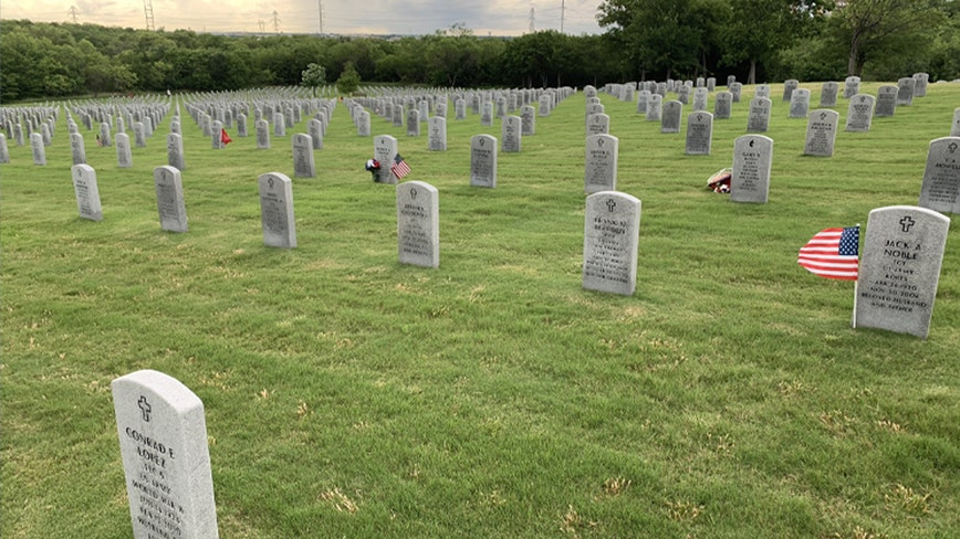 Volunteers unable to place flags at DFW National Cemetery for Memorial Day due to COVID-19 pandemic