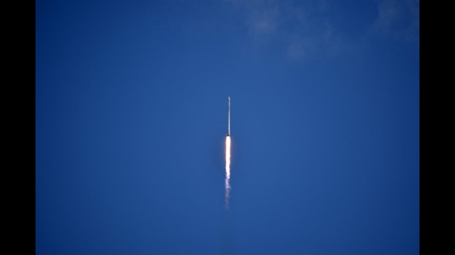 SpaceX-Falcon-CRS-7-19_1439866345100_111015_ver1.0_640_360.jpg