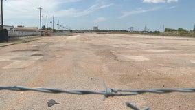 Far East Dallas residents oppose construction of new asphalt plant
