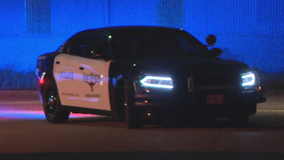 Woman in car fatally shot in south Fort Worth