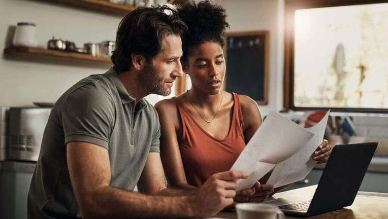 Credible-do-dont-personal-loan-iStock-1163500880.jpg