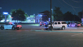 Dallas police searching for driver involved in overnight fatal auto-pedestrian crash