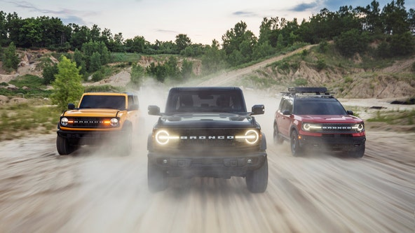 Ford Bronco returns after 24 years with 2-door, 4-door and sport SUV options