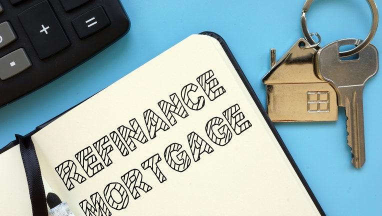 Credible-how-refinance-mortgage-iStock-1216842297.jpg