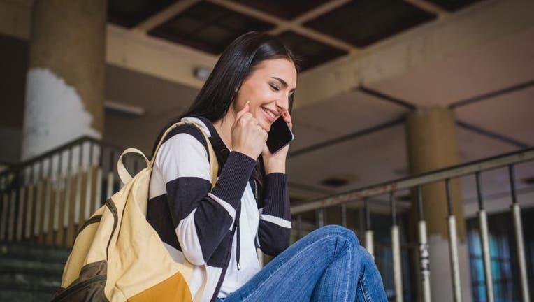 Credible-lower-student-loan-rate-iStock-1153523633.jpg