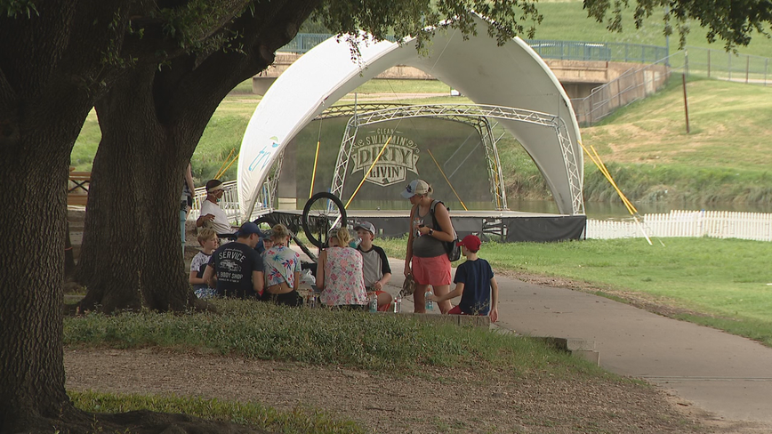 North Texas leaders reminding people to avoid large gatherings this July 4th weekend
