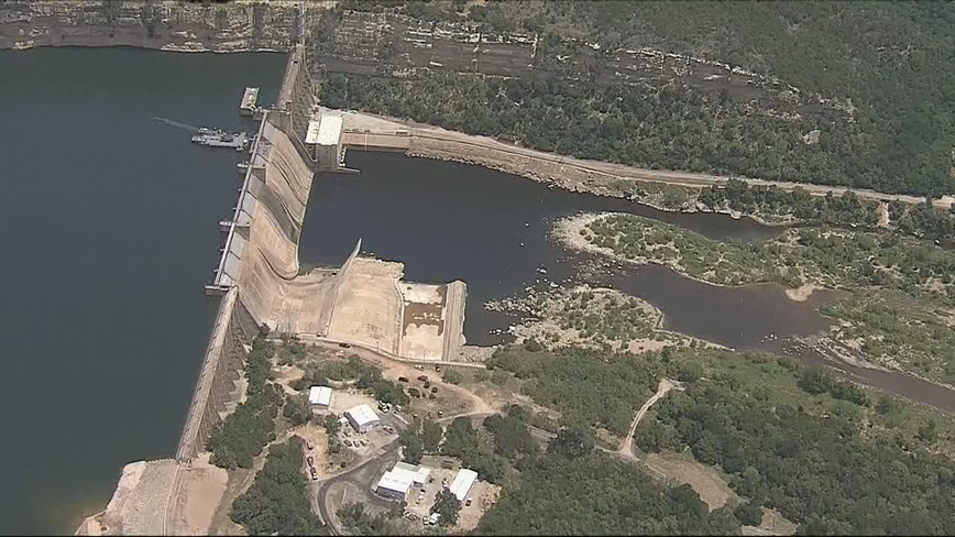 Crews recover body of one of the missing fishermen near Possum Kingdom Lake
