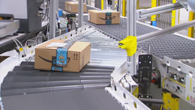 Amazon building fulfillment center in Forney