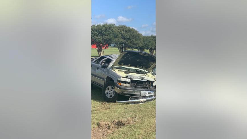 Texas teen flips truck while fleeing police