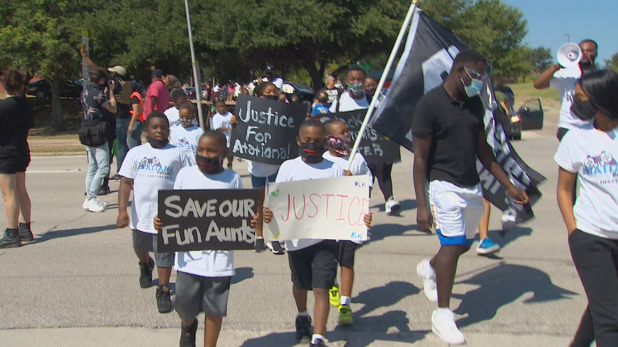 Dozens of kids march through Fort Worth demanding justice for Atatiana Jefferson
