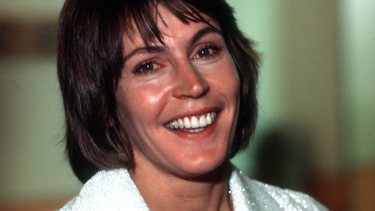 `I Am Woman` singer Helen Reddy, 1970s hitmaker,...