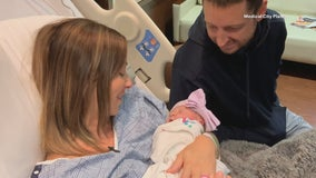 North Texas mom gives birth years after her own mother stepped in as surrogate