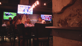 North Texas restaurants normally packed on NFL Sundays had smaller crowds due to COVID-19 restrictions