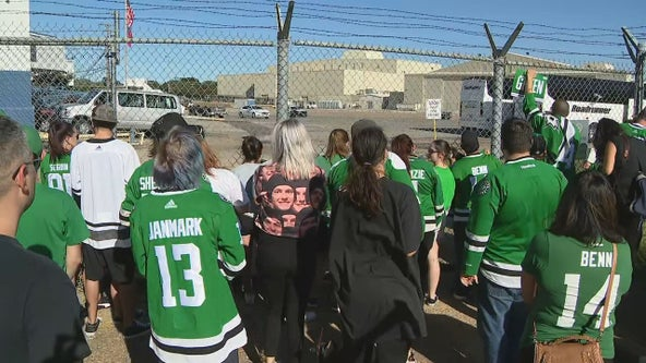 Dallas Stars fans welcome team back home after losing Stanley Cup Final