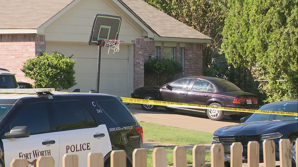 Woman killed, 2 injured in attempted murder-suicide in Fort Worth