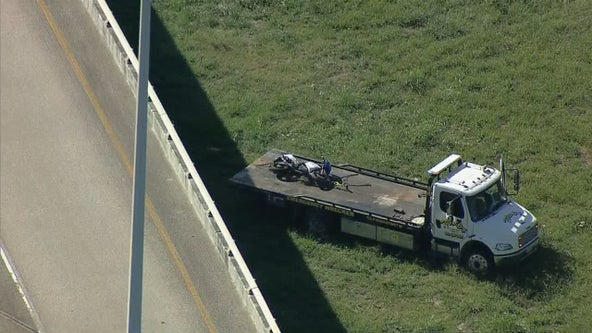 Motorcyclist fatally struck by 18-wheeler while running away from Dallas County sheriffs