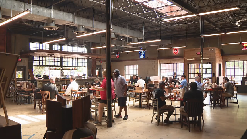 75% capacity now allowed at Texas restaurants and other businesses