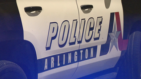Police investigating fatal shooting outside Arlington convenience store
