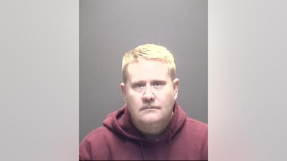 Murder suspect shot by deputy outside north Harris Co. Walmart