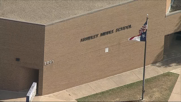 Middle school student in Fort Worth stabbed by another student